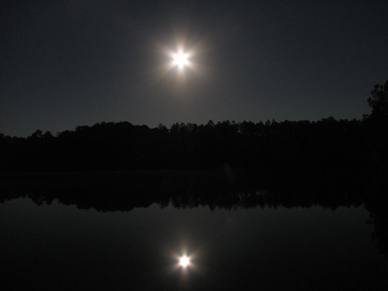 Moon over Pellicer01