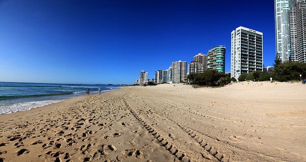 Surfers Paradise Looking South