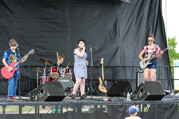 Entertainment / Bands