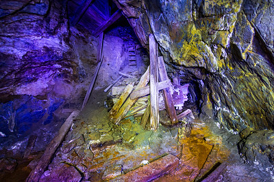 Flooded Gold Mine Exploration. Partial collapse.