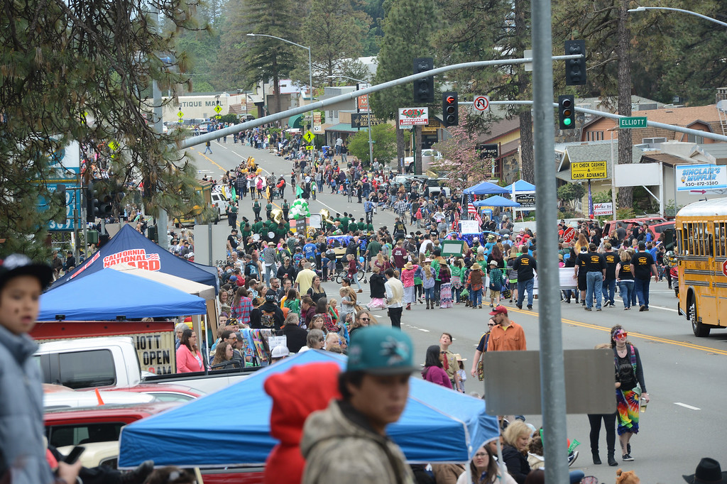 . The Skyway is filled with people during the Gold Nugget Days parade, April 28, 2018,  in Paradise, California. (Carin Dorghalli -- Enterprise-Record)