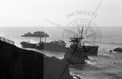 More views of the Shipwreck at Sutro