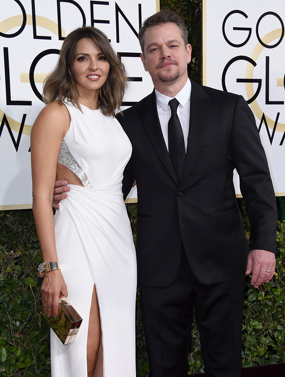 . Matt Damon, right, and Luciana Barroso arrive at the 74th annual Golden Globe Awards at the Beverly Hilton Hotel on Sunday, Jan. 8, 2017, in Beverly Hills, Calif. (Photo by Jordan Strauss/Invision/AP)