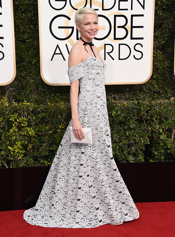 . Michelle Williams arrives at the 74th annual Golden Globe Awards at the Beverly Hilton Hotel on Sunday, Jan. 8, 2017, in Beverly Hills, Calif. (Photo by Jordan Strauss/Invision/AP)