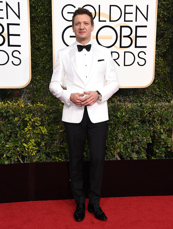 . Jeremy Renner arrives at the 74th annual Golden Globe Awards at the Beverly Hilton Hotel on Sunday, Jan. 8, 2017, in Beverly Hills, Calif. (Photo by Jordan Strauss/Invision/AP)