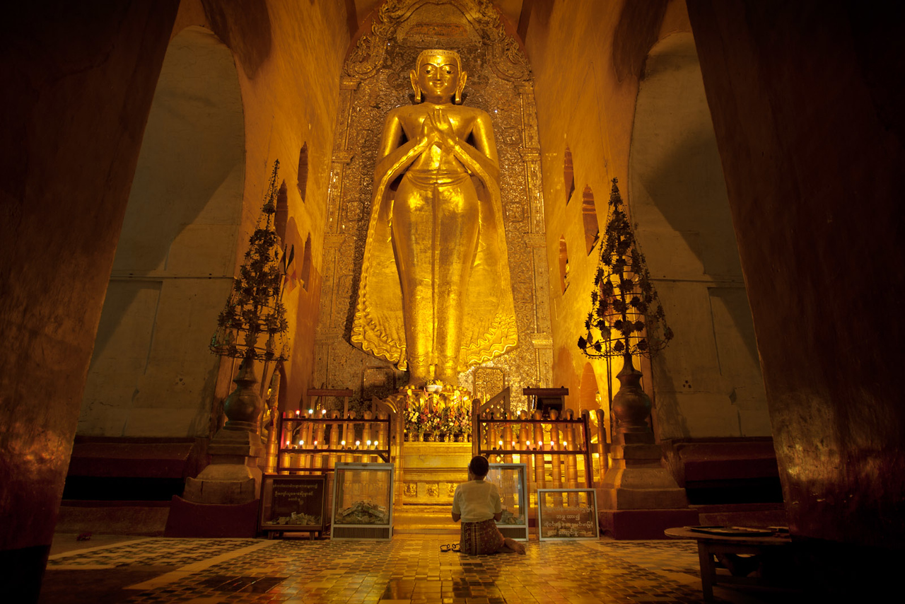 Inside the Ananda Pahto. Bagan.