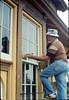 Eugene Boswell paints Goleta Depot, 7/1988. acc2005.001.0991