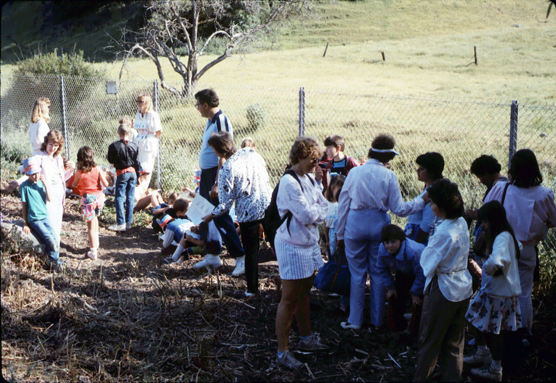 La Patera Elementary School rail trip to San Luis Obispo - stranded near Atascadero due to bus breakdown on return trip, 4/23/1987. acc2005.001.0791