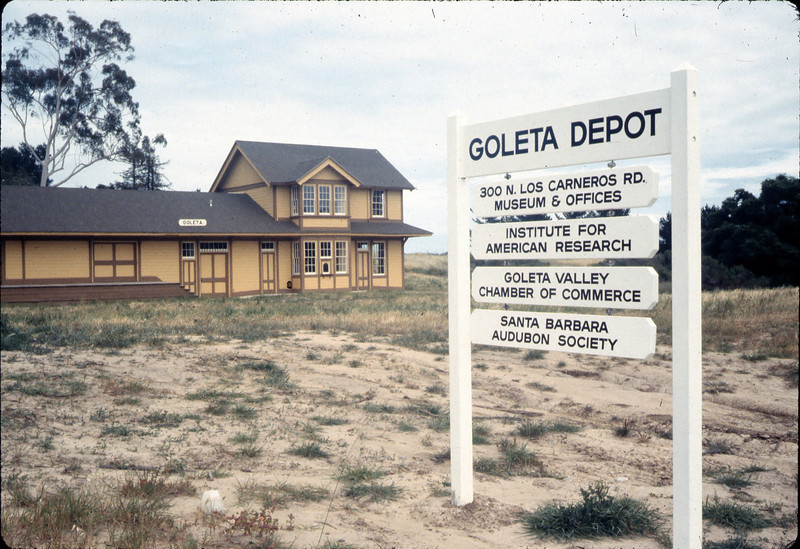 Goleta Depot and new street sign, Spring 1983. acc2005.001.0352