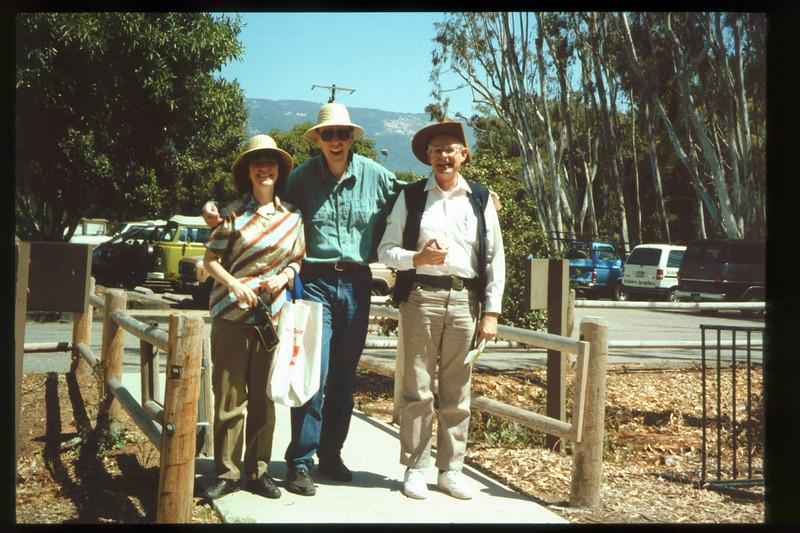 "The Spring Fundraiser (13th annual) had a ""Too-Fari Safari"" theme for the first time on May 21, 1994 (Diana Mina, Gene Rantanen, John Starr) acc2005.001.1934"
