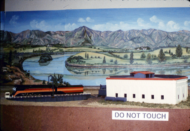 Turntable and roundhouse in Model-Railroad Exhibit, 4/1988. acc2005.001.0934