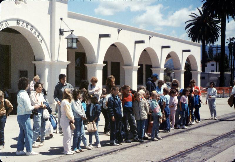La Patera Elementary School rail trip, 5/6/1988. acc2005.001.0948
