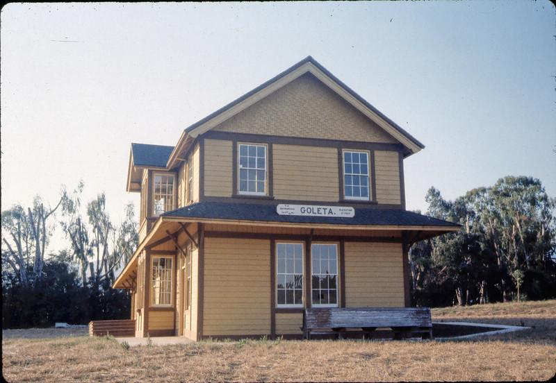Goleta Depot, 7/1983. acc2005.001.0368