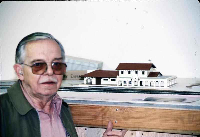 Santa Barbara passenger depot and Dr. William Cormack, 3/1986 acc2005.001.0570