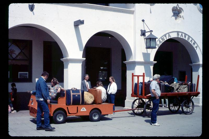 Foothill Elementary School rail trip, 3/22/1990. acc2005.001.1323