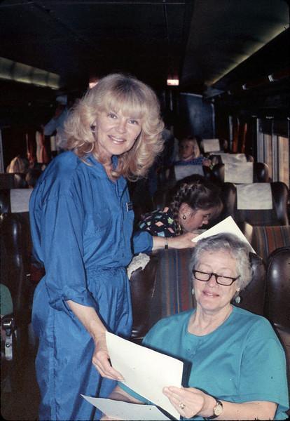 Museum leads Vieja Valley Elementary School rail trip to Glendale, 4/1989. acc2005.001.1078