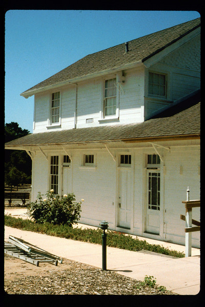 Goleta Depot exterior gets a new coat of paint, 1992. acc2005.001.1647