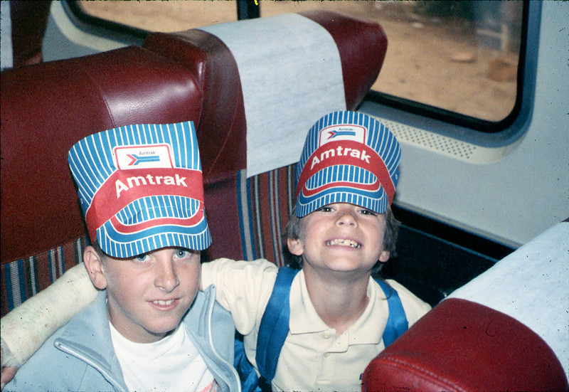 Museum leads Vieja Valley Elementary School rail trip to Glendale, 4/1989. acc2005.001.1071
