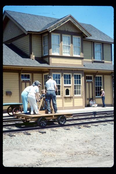 Handcar rides, 6/1990. acc2005.001.1359