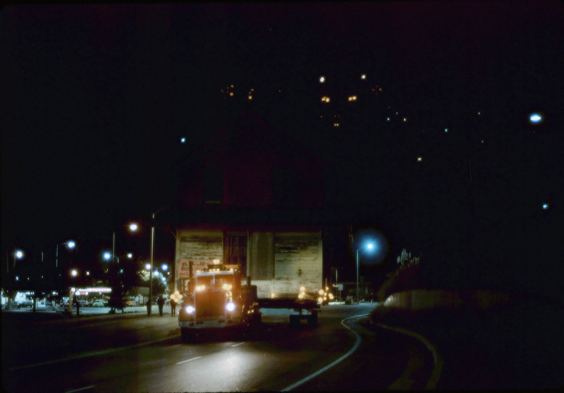 Night move, 11/19/1981. Michael Glassow photograph. Calle Real. acc2005.001.0091N