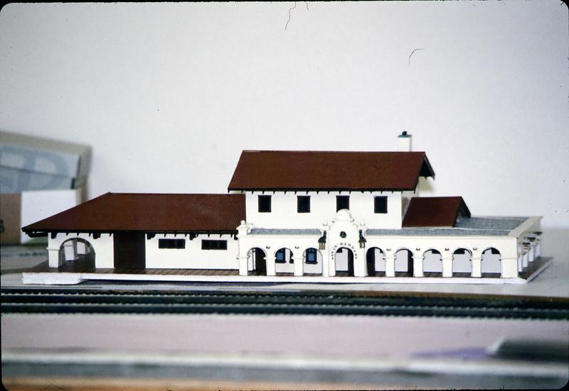 Model-railroad exhibit - model of Santa Barbara passenger station by William Everett, 3/1986 acc2005.001.0569