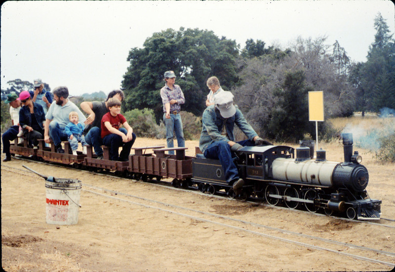 Fourth of July miniature-train rides, 7/4/1987 acc2005.001.0830