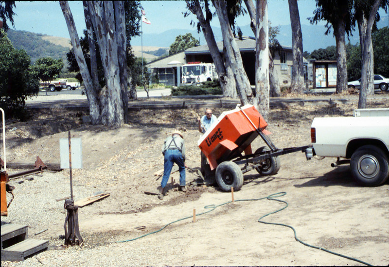 Pouring the slab for the wig-wag signal, 5/1989. acc2005.001.1154