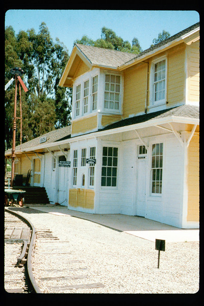 Goleta Depot exterior gets a new coat of paint, 1992. acc2005.001.1652
