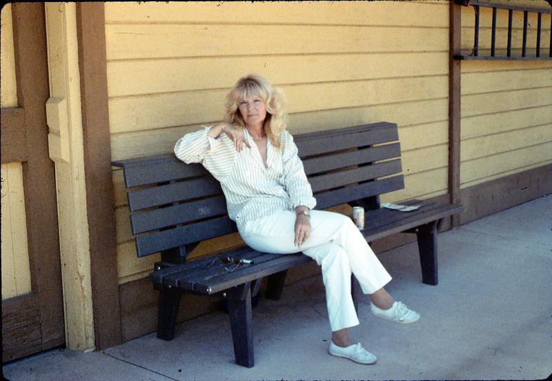 Phyllis Olsen, Work Day, 3/1988. acc2005.001.0916