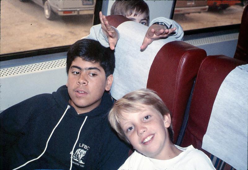 Museum leads Vieja Valley Elementary School rail trip to Glendale, 4/1989. acc2005.001.1069