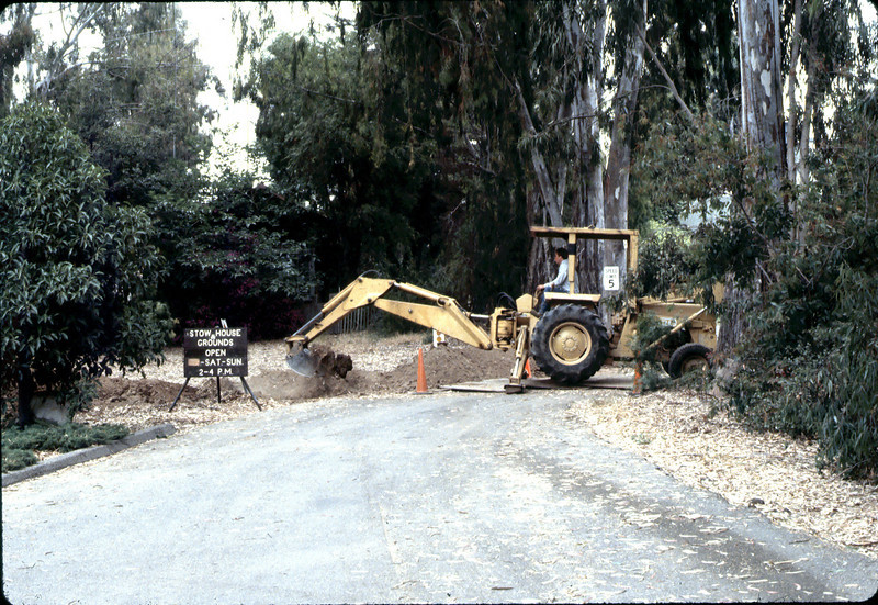 Trenching for new utilities, 6/1982. acc2005.001.0246