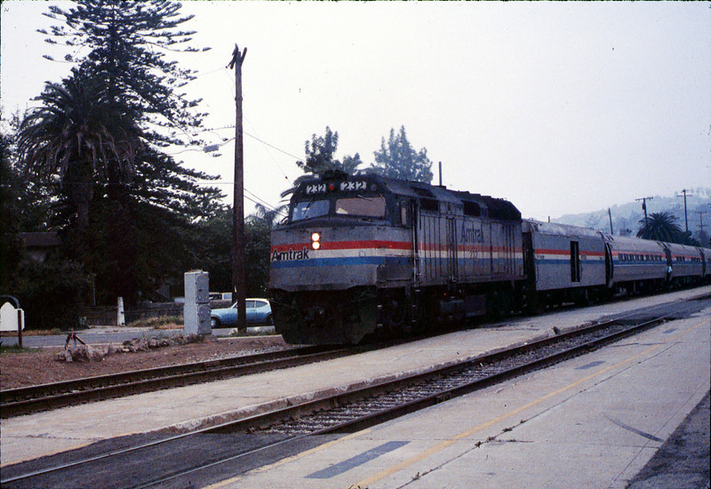 Museum leads Vieja Valley Elementary School rail trip to Glendale, 4/1989. acc2005.001.1064