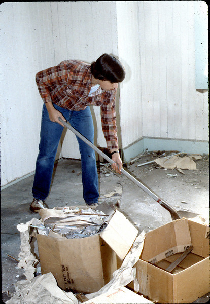 Volunteer from Goleta Valley Junior High School help with cleanup, Feb. 1982. acc2005.001.0145