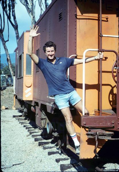 Volunteer Bob Burtness, 12/1987. acc2005.001.0898