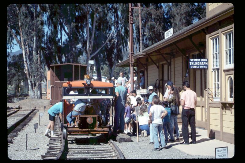 Depot Day speeder rides, 10/1990. acc2005.001.1405