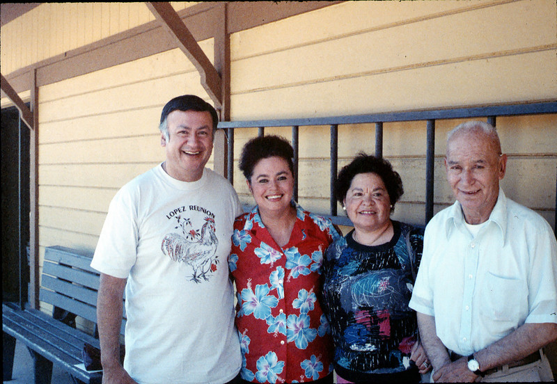 Family of Selzo Lopez (former Southern Pacific Railroad employee), Spring 1989. acc2005.001.1058