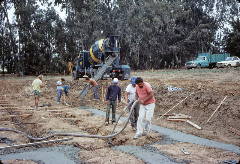 Pouring concrete footings, 11/12/1981.. acc2005.001.0045