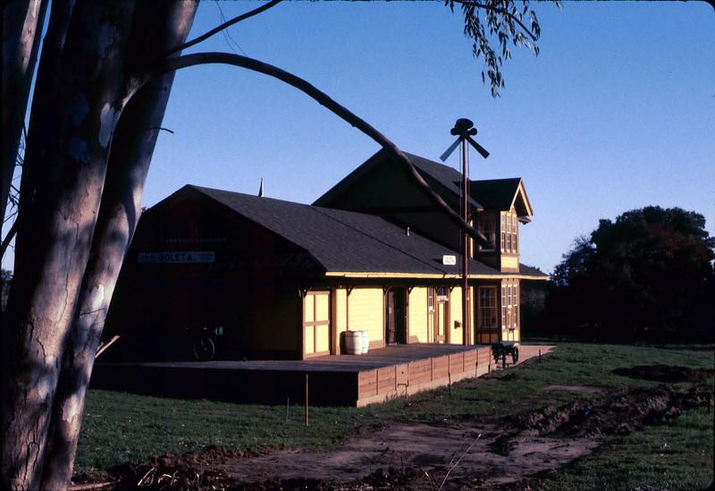 Goleta Depot exterior, 1/1985. acc2005.001.0462