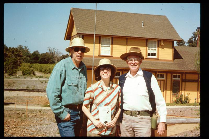 "The Spring Fundraiser (13th annual) had a ""Too-Fari Safari"" theme for the first time on May 21, 1994 (Gene Rantanen, Diana Mina, John Starr). acc2005.001.1929"