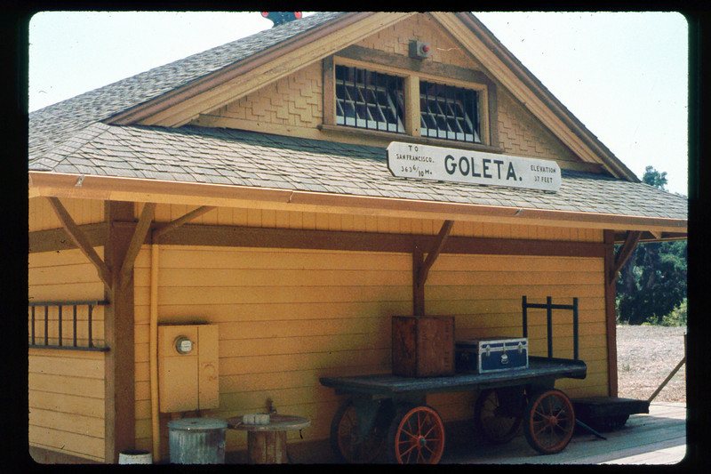 Goleta Depot (north end), 1991. acc2005.001.1491 acc2005.001.1491