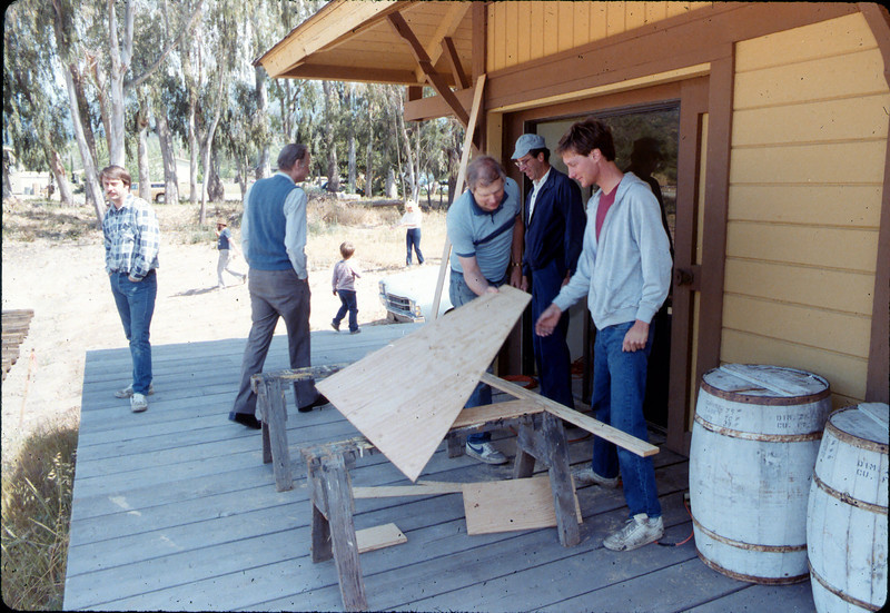 Model-Railroad Exhibit construction, 5/1985 acc2005.001.0528