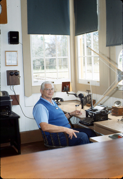 Volunteer Agent Paul Conover in Freight Office, 1986 acc2005.001.0583