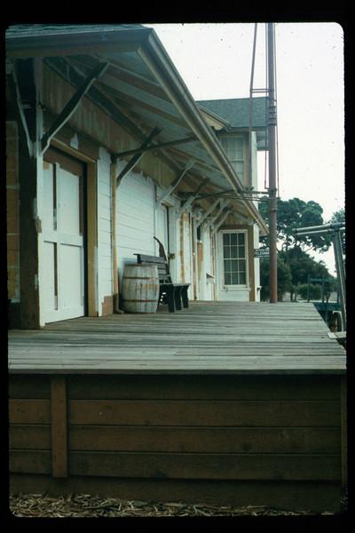 Goleta Depot gets a new coat of paint, 1992. acc2005.001.1627