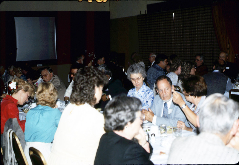 Annual Dinner, Bray's Restaurant, 4/30/1986 acc2005.001.0585