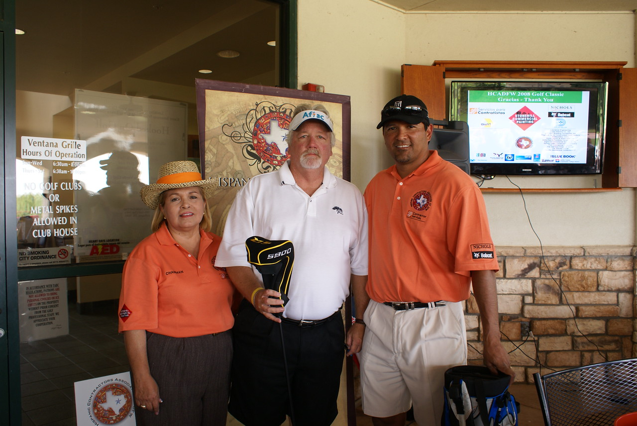 Accepting for Tim Yaggi #14 Closest to Hole