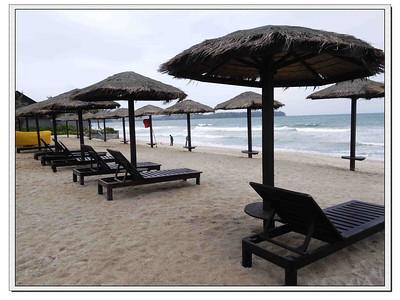 Resort and Surroundings