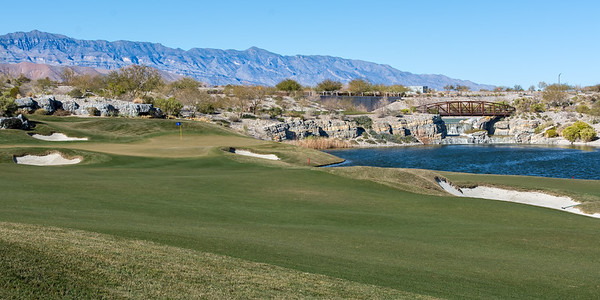 The par 3 8th hole at Coyote Springs