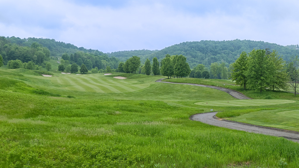 The Opening Hole at Olde Stonewall Golf Club