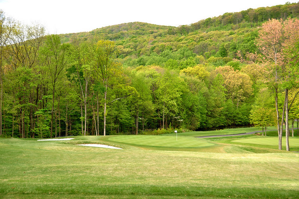 VIEW FROM THE NEWLY DESIGNED 3RD HOLE PAR 3 DOWNHILL.