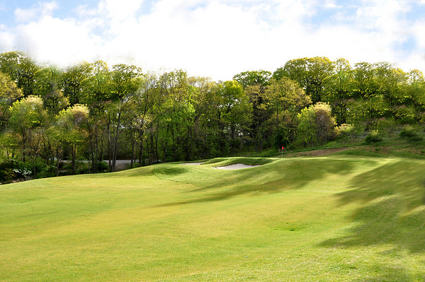 VIEW OF THE 2ND HOLE PAR 5 AS YOU APPROACH THE ELEVATED GREEN.